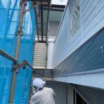 千葉県船橋市にて外壁塗装工事 ~屋根塗装完了・外壁下塗り~